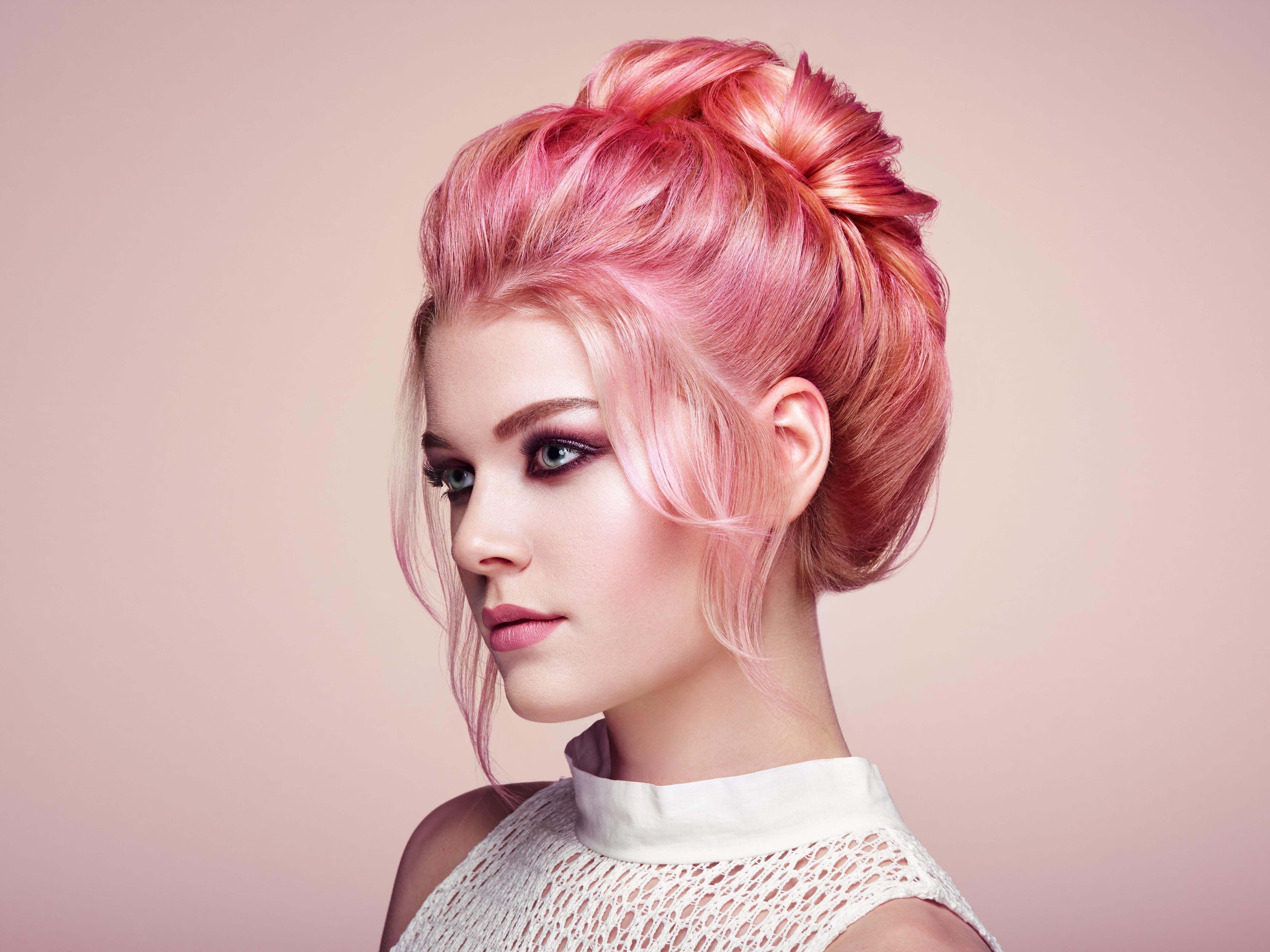 I capelli rosa a chi stanno bene?